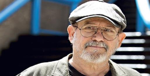Silvio R.