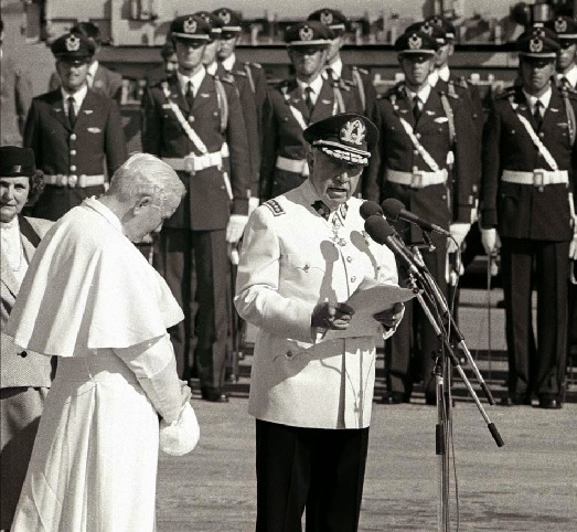 Pinochet y la Iglesia